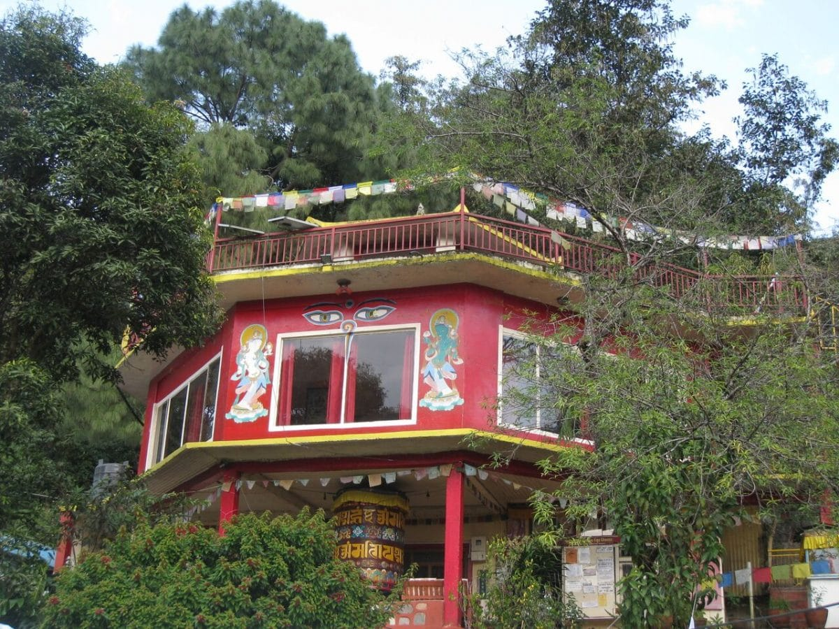 Buddhistisches Retreat & Trekking & Begnas Lake Resort