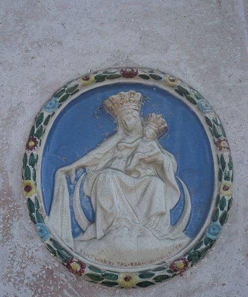 Klosterreisen_Malta_Valetta_Tuer_kl