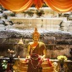 Klosterreisen, Thailand, Buddha Statue in Bangkok