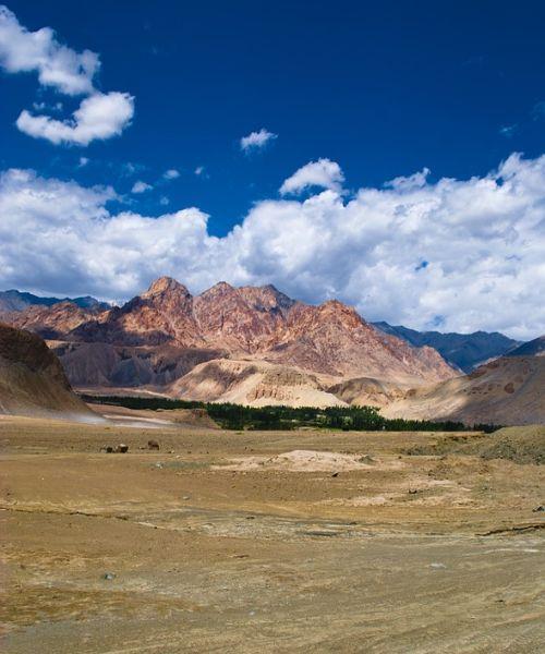 klosterreisen_ladakh_landschaft_hoch