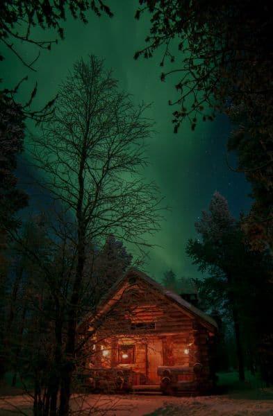 Klosterreisen Finnland Lappland Schlittenhunde Huskytour Huette