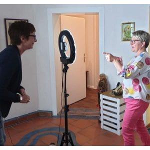Videocoaching mit Anja Steinhoerster persönliches Coaching vor dem Ringlicht